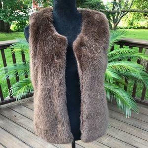 ❤️💜❤️ Faux Fur Vest ❤️💜❤️